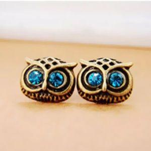 ⚜️[𝟯/$𝟭𝟯]⚜️Owl Gold Crystal Stud Earrings New
